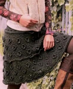 Вязанная юбка с цветами