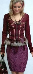 Вязаная юбка спицами с узором из кос.