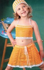 Летний вязаный костюм для девочки 4-х лет крючком