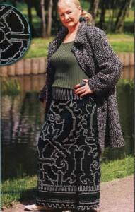 Длинная вязаная юбка большого размера с геральдическим орнаментом