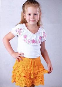 вязаная юбочка с оборками на девочку 4-5 лет