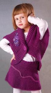 Вязаный костюм на девочку 5 лет: жилет и юбка спицами