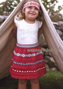 расклешенная детская вязаная юбка спицами