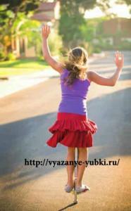 детская вязаная юбка с воланами спицами фото