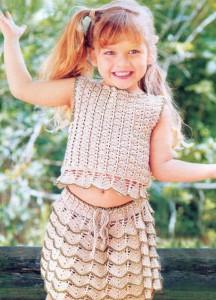 вязаная юбка с оборками и топ крючком на девочку 4 года