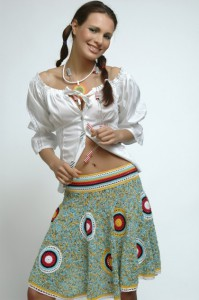 летняя вязаная юбка колокольчик