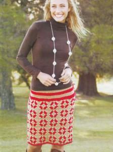 прямая вязанная юбка крючком из квадратных мотивов