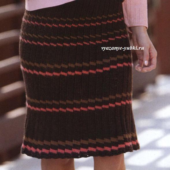 юбка спицами с имитацией плиссе и поперечными полосками