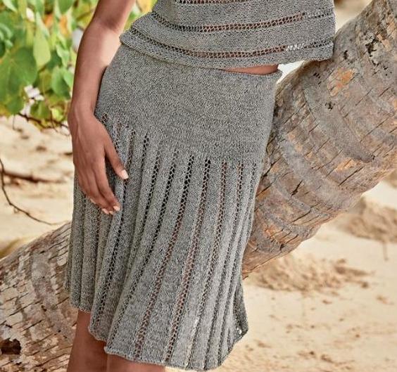 расклешенная вязаная юбка спицами а силуэта миди